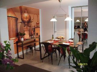 2 bedroom Condo with Internet Access in Jonzac - Jonzac vacation rentals