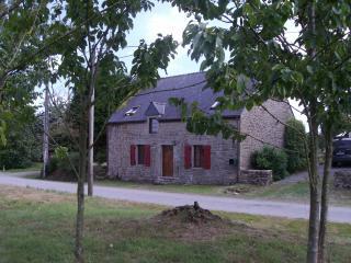 Oakwood Cottage - Josselin vacation rentals