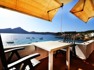 Splendid Sant Elm 6, terraced apartment. - Sant Elm vacation rentals