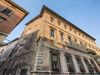 AL BENTIVOGLIO CLASSIC - Exclusive, Historical - Bologna vacation rentals