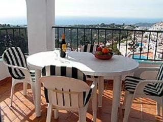 4 bedroom apartment with Private Pool. - Frigiliana vacation rentals