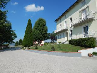 Nice 2 bedroom Condo in Toano - Toano vacation rentals