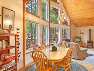 Perfect 3 bedroom Chalet in Greenwater - Greenwater vacation rentals