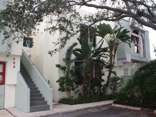 1 bedroom Condo with Internet Access in West Palm Beach - West Palm Beach vacation rentals