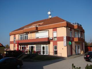 Cozy 3 bedroom Vacation Rental in Sveti Martin na Muri - Sveti Martin na Muri vacation rentals