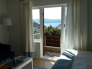 Self catering apartment - Simons Town - Simon's Town vacation rentals