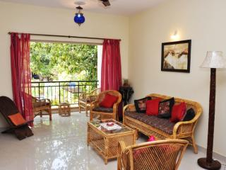 Holiday Apartment with pool near Benaulim beach - Benaulim vacation rentals