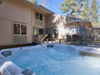 Aspen Grove Vacation Cabin - Hot Tub - Carnelian Bay vacation rentals