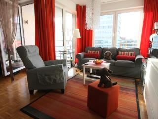 Colorful 1 Bedroom Apartment at Dove Residence - Berlin vacation rentals