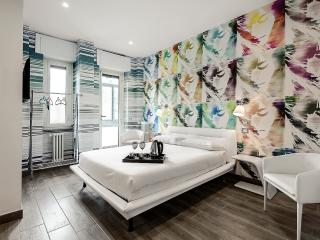 "Lagosta Apartment-Suite ""Warhol"" - Milan vacation rentals"