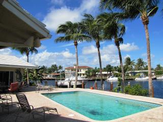 BEACHES, WATERFRONT, HEATED POOL, SLEEPS 8 - Pompano Beach vacation rentals