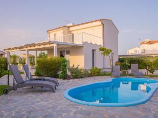 3 bedroom Villa with Patio in Lascari - Lascari vacation rentals