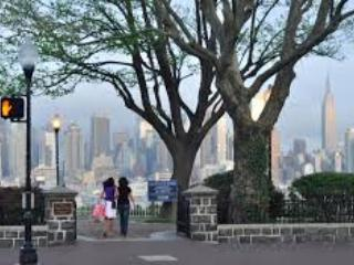 KingsPlace1-NYC''s BEST METRO AREA,MINS TO MIDTOWN - Weehawken vacation rentals