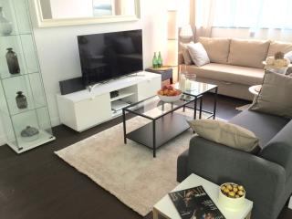NEW!! 4BED/2Bath HUGE ON NATHAN ROAD at MTR exit!! - Hong Kong vacation rentals