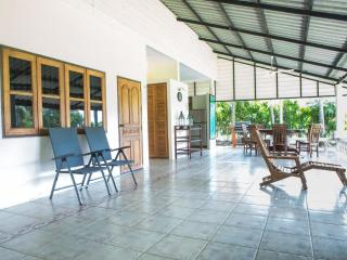 Kanchanaburi Villa - Private Resort - Si Sawat vacation rentals