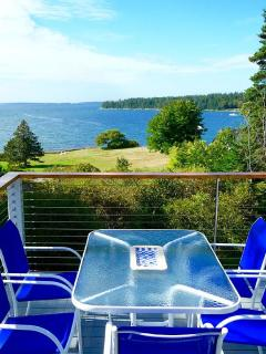 Comfortable House with Internet Access and Dishwasher - West Tremont vacation rentals