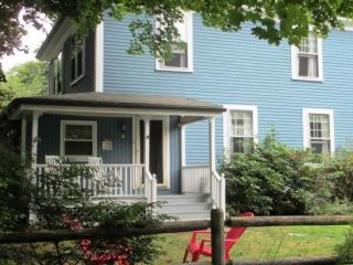 Nice House in Bar Harbor with Internet Access, sleeps 6 - Bar Harbor vacation rentals