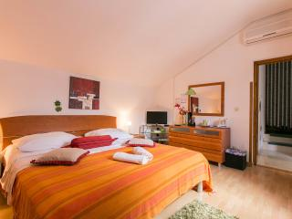 ROOM IVONA private bath,near main bus terminal - Dubrovnik vacation rentals