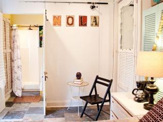 Historic Uptown Riverside Room (Est. 1875) - New Orleans vacation rentals