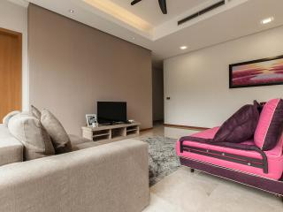 1 Min Walk To KLCC Luxury Family Suites for 8 - Kuala Lumpur vacation rentals