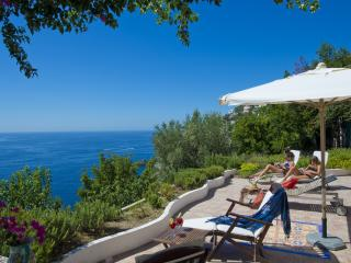 Bright Villa with Internet Access and A/C - Praiano vacation rentals
