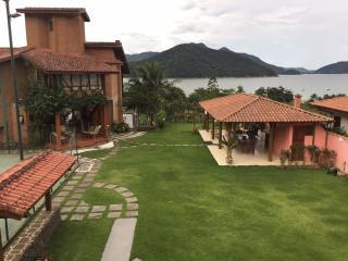 Casa do Morro - Ubatuba - Ubatuba vacation rentals
