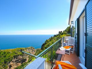 3 bedroom Apartment with Internet Access in Furore - Furore vacation rentals