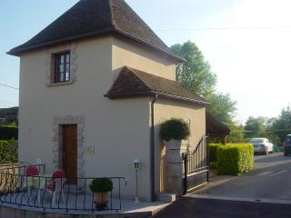 Nice Gite with Internet Access and Wireless Internet - Ladoix-Serrigny vacation rentals