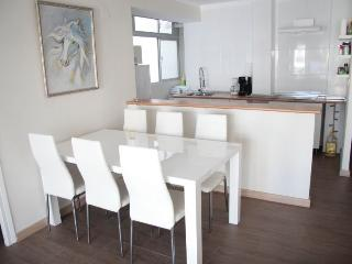 Bright 3 bedroom Apartment in Nerja - Nerja vacation rentals