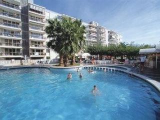Comfortable Condo with Garden and A/C - Tarragona vacation rentals
