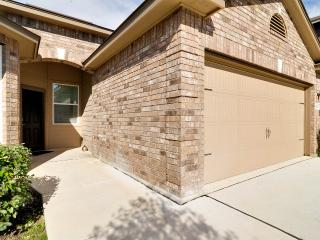 SA Vacay - Beautiful Home near DownTown! - San Antonio vacation rentals
