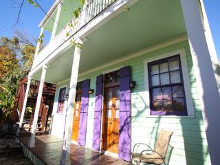 Adorable Cottage. Steps to the French Quarter. - New Orleans vacation rentals