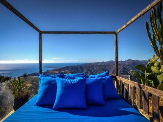 Secluded Hillside Retreat Within a Malibu Estate – Panoramic Ocean Views! - Malibu vacation rentals