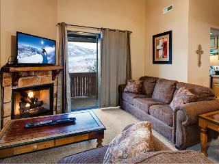 3BR Rustic-Chic Condo in Powderwood Resort – Mountain Views! - Park City vacation rentals