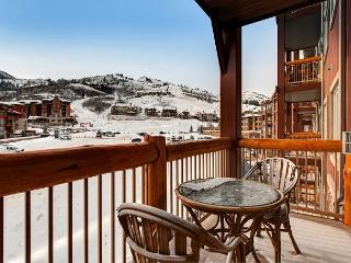 Upscale Westgate Canyon Condo for 4 – Mountain Views! - Park City vacation rentals