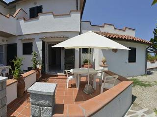 Beautiful Condo with Television and Parking - Sant'Andrea vacation rentals