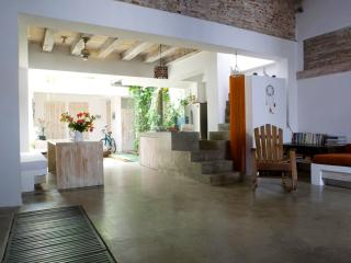Open-Air 5 Bedroom House Nestled in Old Town - Cartagena vacation rentals
