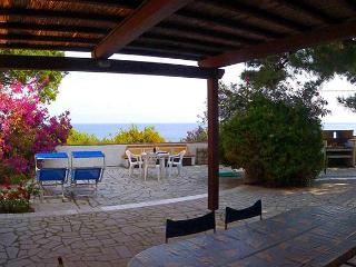 Spacious 6 bedroom Sant'Andrea Apartment with Television - Sant'Andrea vacation rentals