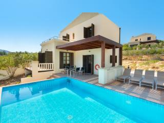 Bright 2 bedroom Villa in Kalathos - Kalathos vacation rentals