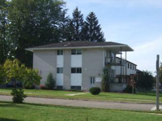 Cozy 3 bedroom Condo in Waterloo - Waterloo vacation rentals
