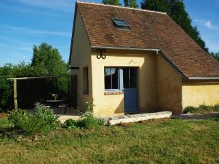 Chambres d'hôtes Jardin Solstice à Vaupillon - La Loupe vacation rentals