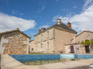 Gorgeous House with Waterfront and DVD Player - Villefranche-de-Lonchat vacation rentals