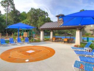 SPINNAKER - DEALS, HTD Pool, 2 Bdrm - Hilton Head vacation rentals