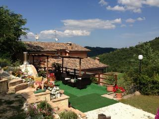 Comfortable House with Television and Mountain Views - Sarnano vacation rentals