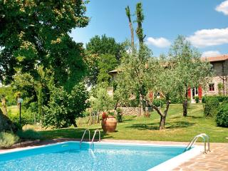 Lovely 6 bedroom Villa in Borgo San Lorenzo - Borgo San Lorenzo vacation rentals