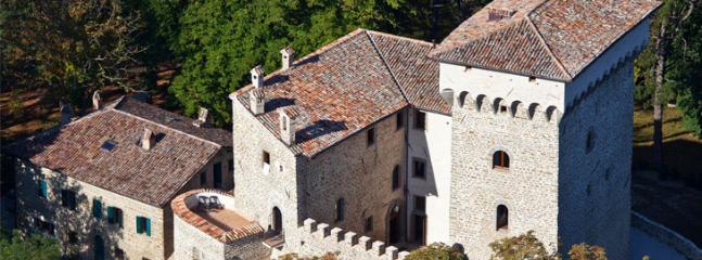 castello ducale - Image 1 - Gubbio - rentals