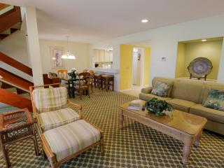 Swallowtail-SEA PINES,HtdPool, 2 Bdrm, Harbourtown - Hilton Head vacation rentals
