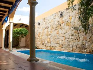 """""""CASA MIS AMIGOS"""" UPSCALE HOME - Merida vacation rentals"""