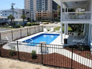 Across from Beach/Private Pool! 7 bd/4ba - North Myrtle Beach vacation rentals