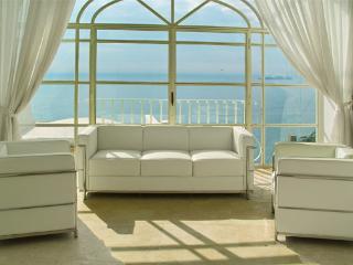 Lovely 3 bedroom Positano Villa with Internet Access - Positano vacation rentals